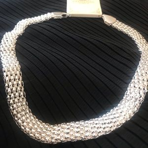 NEW Striking Chainmail Look Necklace